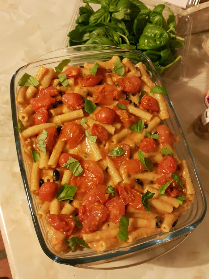 Red pepper pasta bake